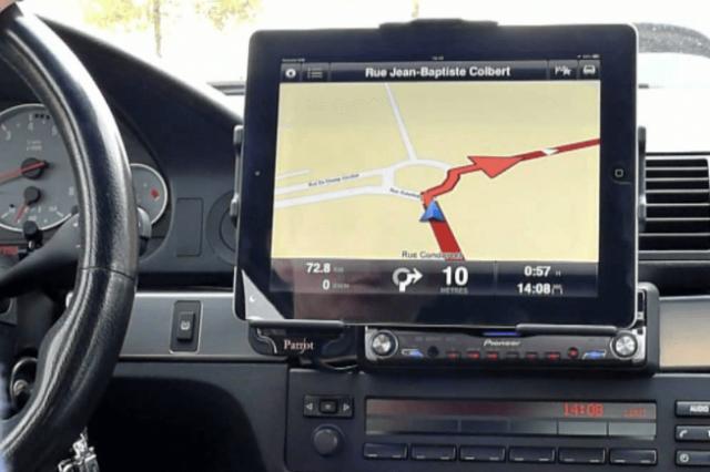 Choix d'un GPS voiture : Quels sont les critères à vérifier ?